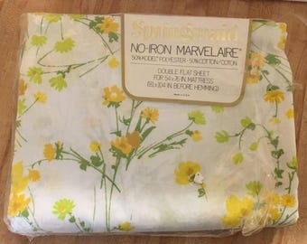 Vintage Springmaid Marvelaire Windrift Yellow Floral Wildflowers Double Flat Bed Sheet NEW