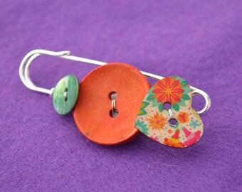 Button Bothy Kilt Pin Brooch Turquoise Orange Heart Shawl Pin Kiltpin Love (LK31)