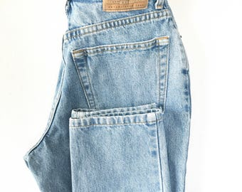 1990s Gap Blue Jeans, High Waisted Mom Jeans, 26 27 inch waist Size 6