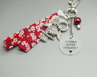 """Keychain liberty red OWL cabochon """"Great co-worker OWL"""" - customizable - girlfriend gift sister cousin girlfriend"""