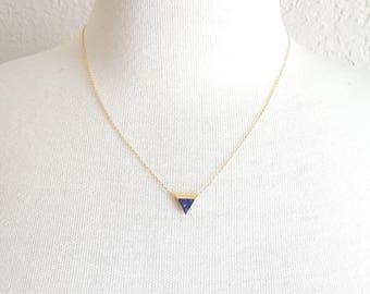 Lapis Lazuli Triangle Necklace,Geo Minimalist Triangle Necklace,Triangle Lapis Lazuli Charm Necklace,Dainty Lapis Lazuli Charm Necklace