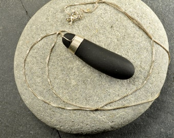 Super smooth sterling silver lashed jet black authentic Maine sea/ beach stone ocean style eco-friendly pendant necklace