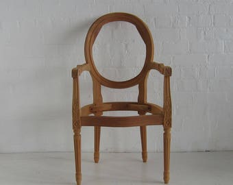 Louis Oval Carver Chair