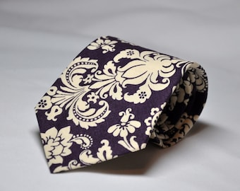 Plum Necktie - Plum and Ivory Damask Tie