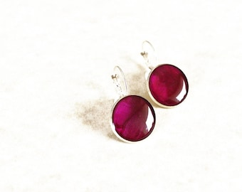 Magenta resin earrings / Round purple earrings / Small dangle earrings / Spring inspired jewellery / Mermaid earrings / FREE SHIPPING