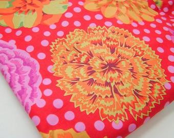 Kaffe Fassett Big Blooms Fabric Red GP 91
