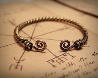 Viking torque bracelet • Celtic bracelet • Viking jewelry • Celtic cuff • Viking cuff • Nordic jewelry • Viking torc • Torc bracelet