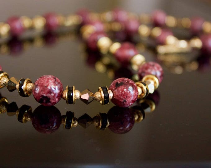 Speckled Maroon Jade Beaded Necklace