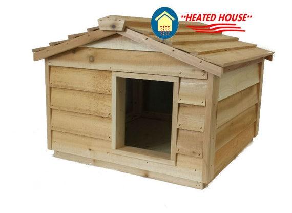 Large Heated Cedar Cat House