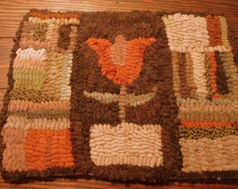 Flower Rug, Primitive Scrappy Rug