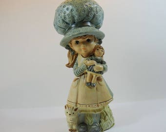 Vintage 1970's  Girl With Big Hat Ornament, 1970's Figurine Holly Hobbie Style Ornament, Little Girl with Bonnet Statue, Kitsch 70's