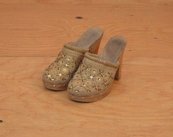 Vintage Gold & Tan Sequin Suede High Heel Clogs Mules Slip On Wood Sole SZ 7