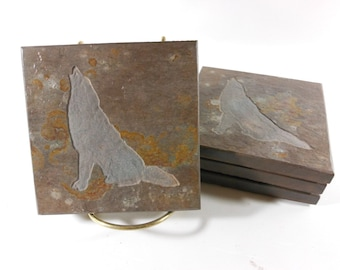 Howling Wolf Stone Coasters - Hand Carved Etched Slate Coaster Set - Wolf Design, Natural Drink Coasters, Rustic Cabin Lodge Wolf Room Decor
