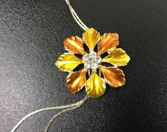 Vintage gold flower necklace , rhinestone flower necklace
