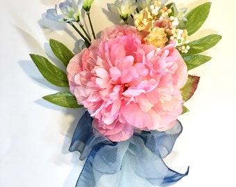 Morher' Day Flower corsage