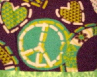 Flannel Green/Purple Peace Sign Pillowcase