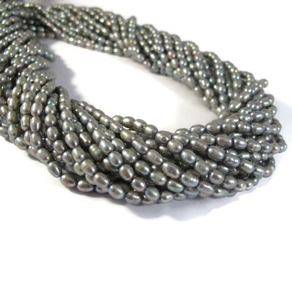 Luminous Gray Pearls, Freshwater Rice Pearl Beads, Silver Green Pearls, 16 Inch Strand, 5mm x 3.5mm, Jewelry Supplies, about 90 Beads (P-R7)