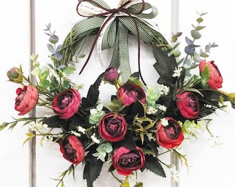 Artificial ranunculus wreath  / Door decor / Front door decor / Door hanger / Wall decor