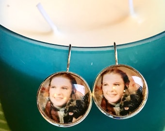 Dorothy Wizard if Oz cabochon earrings - 16mm