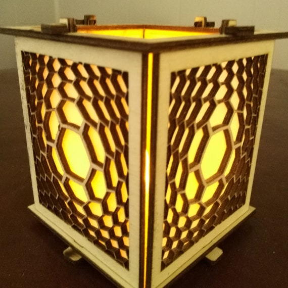 Honeycomb Candleholder Made of Wood - Lantern Votive