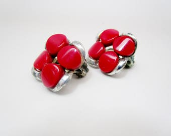 Vintage Red Thermoset Valentine Day Earrings Gift Clip Mid Century 1950's Art Deco Retro Runway Statement