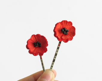 Red Poppy Hair Pins - Made of mulberry paper flowers and silver colour bobby pins - Set of 2