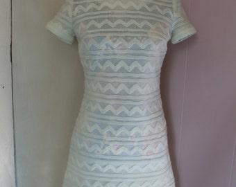 Sale! 60's Women's Ivory Knit Short Sleeve Dress
