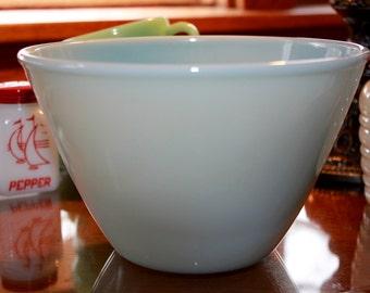 Rare Vintage Fire King Turquoise Blue 8.5 inch Medium Splash Proof Bowl