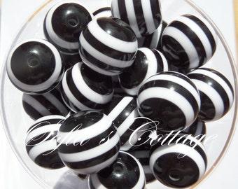 12mm 25CT Black Striped Beads, Black Striped Bubblegum beads, D9