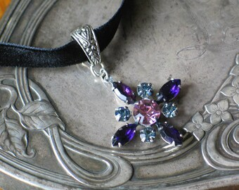 Vintage Amethyst, Indian Sapphire Rhinestone Star Flower Pendant Choker / Necklace, 18th century jewelry