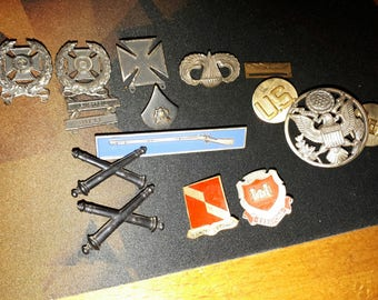 US Military medal and pins