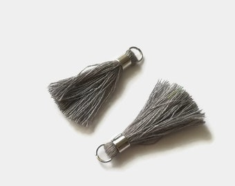 Set of 2 tassels Gray 40mm with bail and silver plated ring