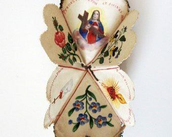 Antique Sacred Heart Dente Opens to Handpainted Religious Images