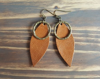 Leather leaf earrings. Tan leather earrings. Leather teardrop earrings. Bronze earrings. Bohemian earrings. Boho earrings. Dangle earrings.