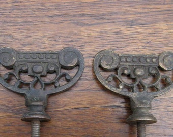 Antique Brass Finials with Long Posts Lamp Bed Furniture