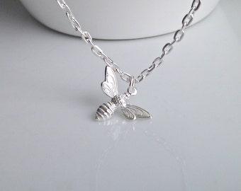 Bee Necklace, Silver Bee Necklace, Bridesmaid Gift, British Seller UK, Layering Necklace, Gifts for Girls, Mom Gifts, Insect, BFF