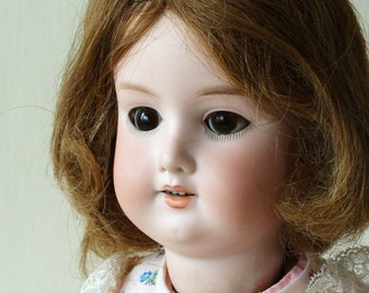 Antique doll ARMAND MARSEILLE 390  bisque head