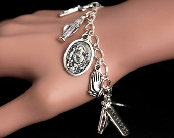 Saint Nicholas Bracelet. Catholic Bracelet. St Nicholas Charm Bracelet. Catholic Jewelry. Religious Jewelry. Handmade Jewelry.