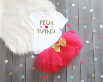 Girls Petal Patrol Outfit Girls Wedding Rehearsal Outfit Petal Patrol Outfit Wedding Day Tutu Flower Girl Outfit Flower Girl Gift Hot Pink
