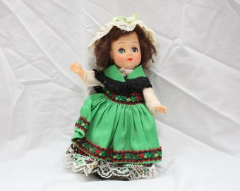 Vintage Dolls of All Nations, Ireland