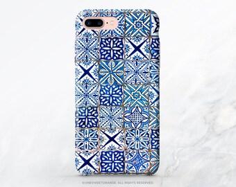 cozy hut iphone 7 case