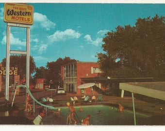 1960s Chrome Postcard- Poolside View of Western Lodge Motel, Van Horn, Culberson County, Texas, TX. ~ Free Shipping ~ Very Small Town PC