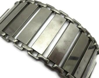 Modernist Bracelet - Silver Tone, Costume Jewelry