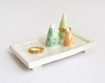 Ceramic Mountains Ring Dish. Mountains Jewelry Dish. Wedding Gift. Ceramic Mountains Ring Holder. Ready To Ship