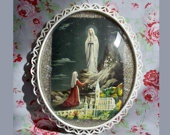 Vintage French Ex Voto Lourdes Virgin Mary Reliquary Domed Glass Plastic Frame Glitters Fluorescent Basilica Church Souvenir Convex Bubble