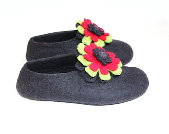 Black Floral Slippers - Felted Wool - Minimalist Shoes - House Shoes - Womens Shoes - Mix and Match - Rubber Soles - Mothers Day Gift