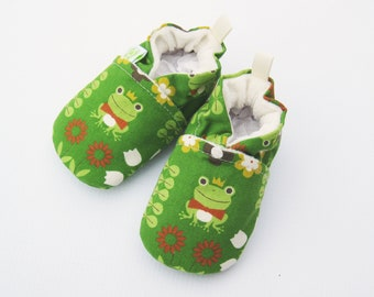 SALE Small Classic Frog Prince/ All Fabric Soft Sole Baby Shoes / Ready to Ship / Babies