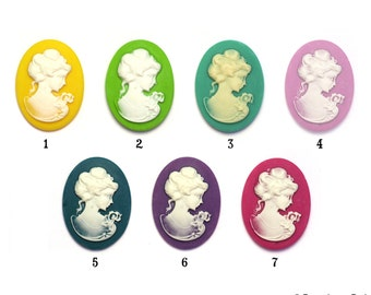 Resin Classic Cameos set of 2 top quality perfect size Necklace Ring 30X40 mm