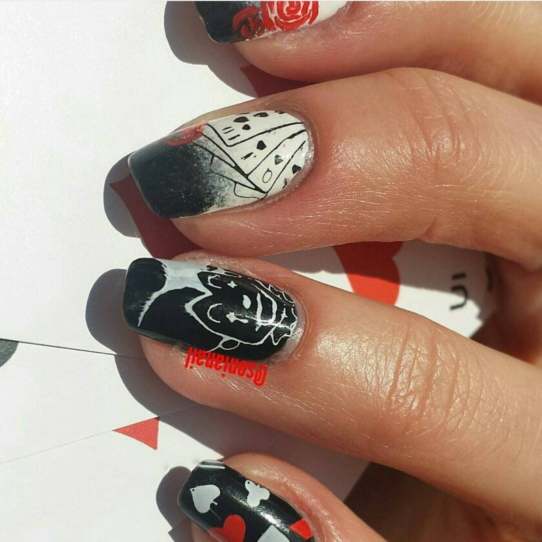 Playing Cards Joker Nail stamping plates for nail art- héhé 054 from ...