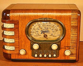 "ZENITH Model 5S-319 Art Deco Radio (1939) ""Racetrack"""